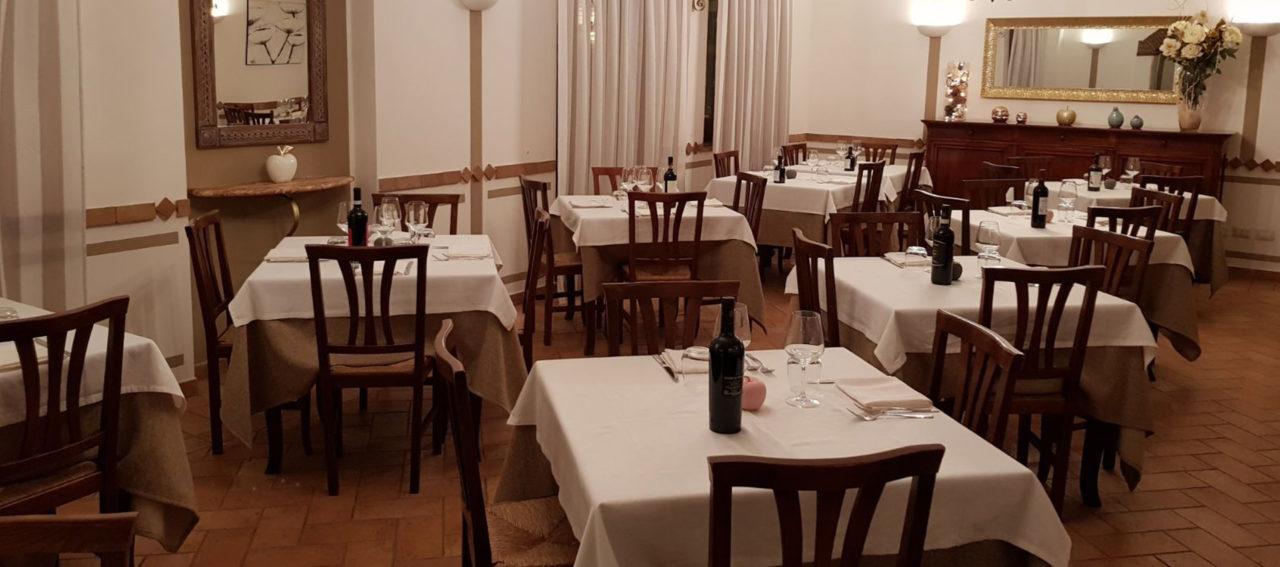 sala-interna-ristorante-il-pinzale